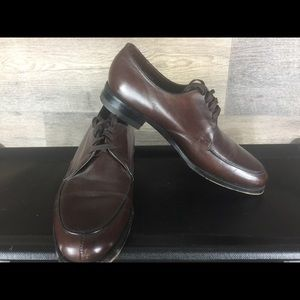Florsheim dress shoes size 7.5